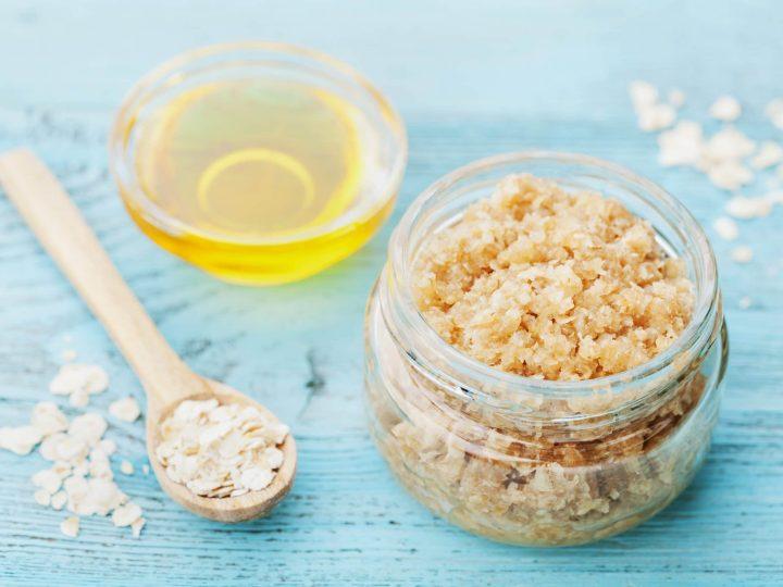 oatmeal honey scrub in a mason jar