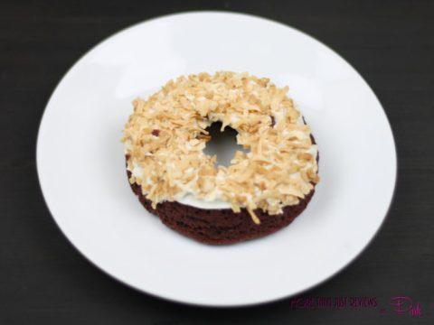 Easy Chocolate Cake Doughnuts