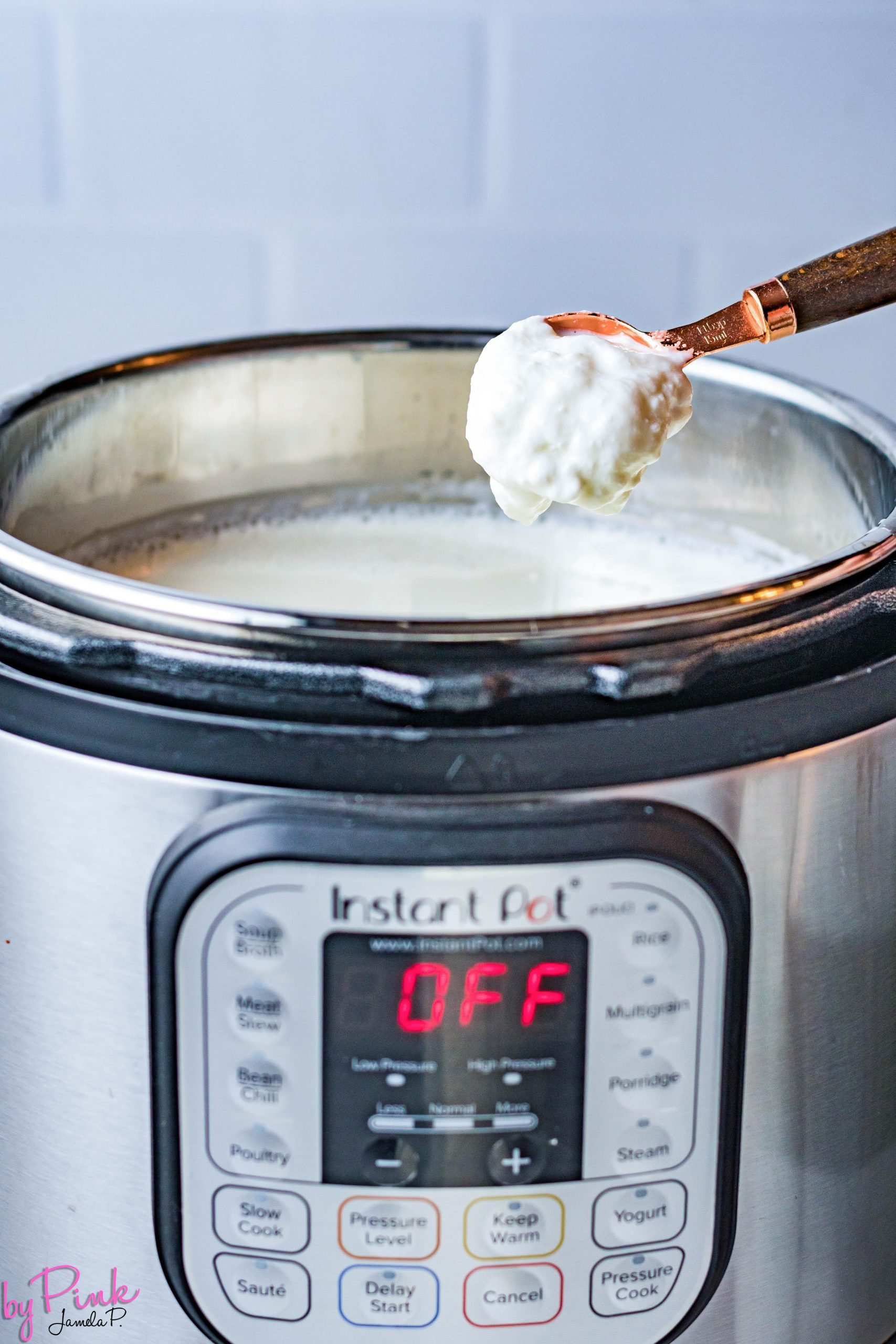 making yogurt in the instant pot by adding starter cultures