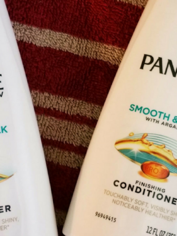Co-Washing With Pantene Smooth & Sleek Conditioner