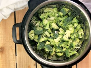 Top view of broccoli in the instant pot