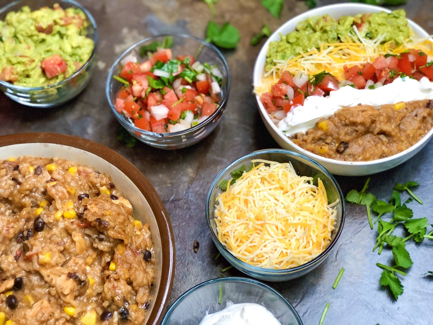Today I am going to liven up your Taco Tuesday with this amazing Instant Pot Chicken Burrito Bowl. #easy #recipes #instantpot