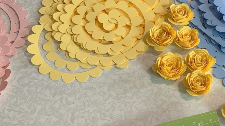yellow paper roses and template cutout