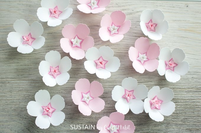 Flower Crafts with Cricut
