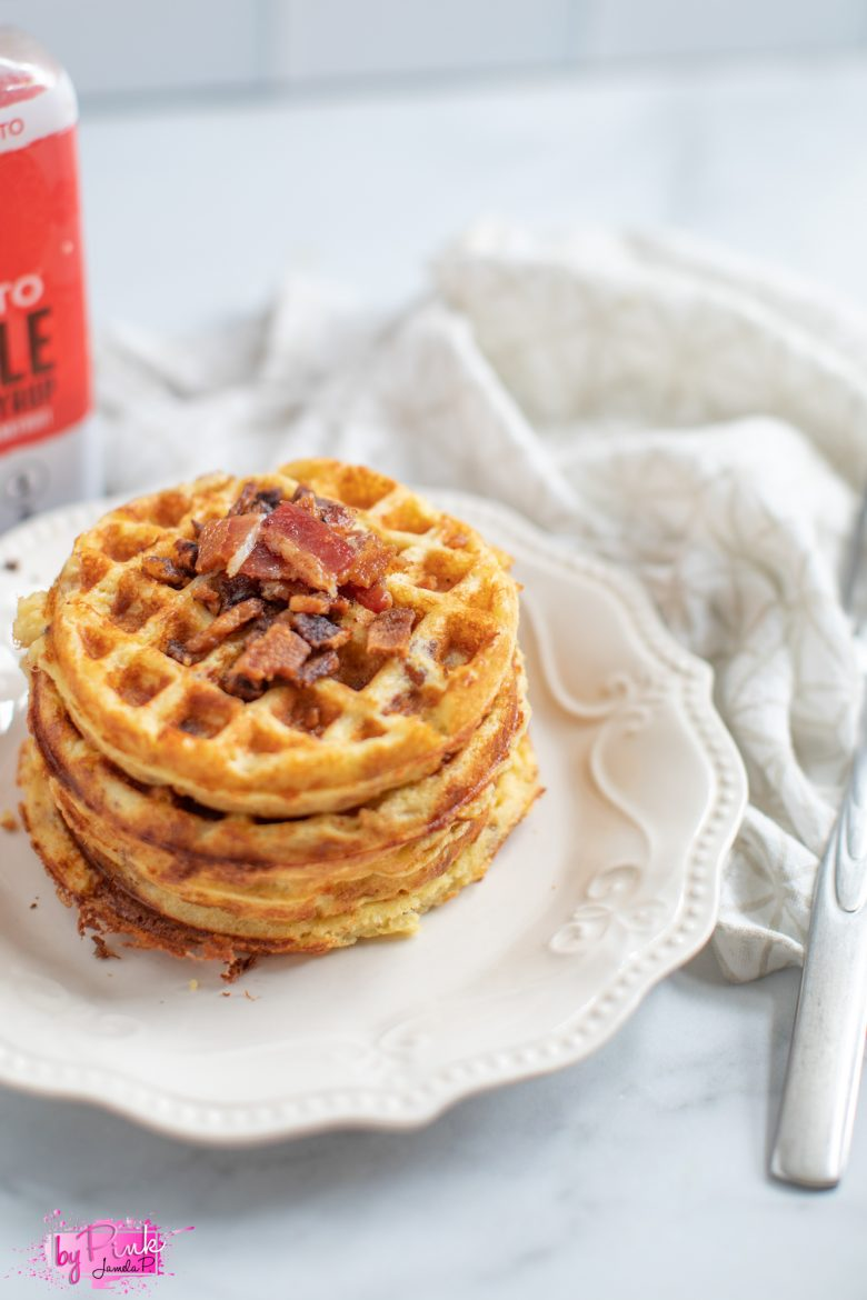 maple bacon chaffles