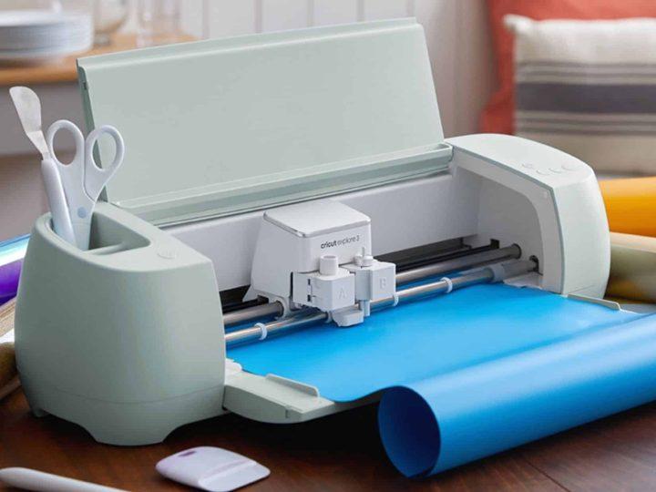 cricut smart machine with blue vinyl