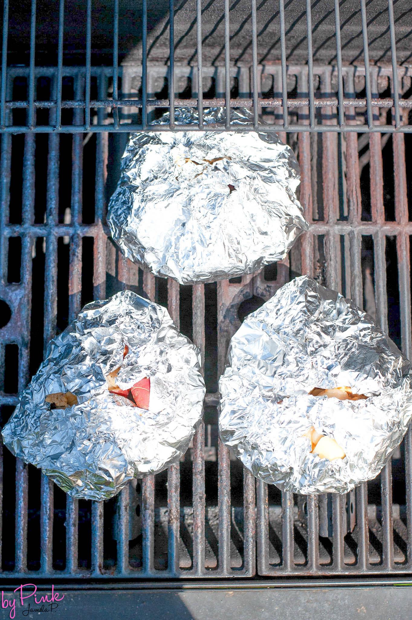 shrimp boil packs on the grill